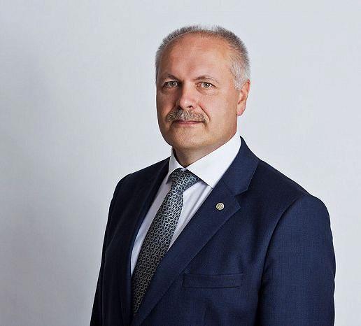 Kandidaat PÕLLUAAS, HENN